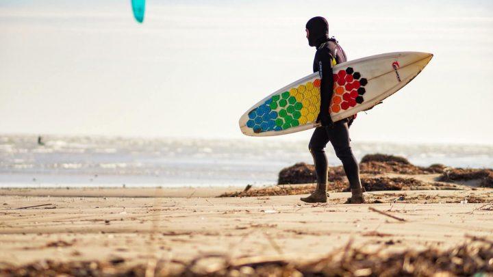 Co powinniśmy wiedzieć o wakesurfingu?